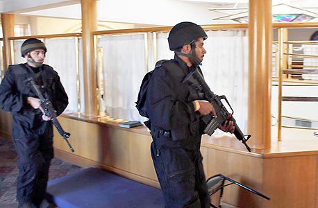 כוחות המשטרה במקום הפיגוע, צילום: רויטרס