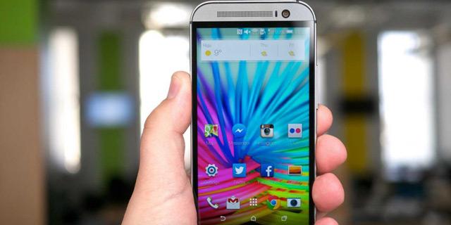 שולט בשוק, אך לא בתחום הקניות המקוונות. סמארטפון אנדרואיד של HTC