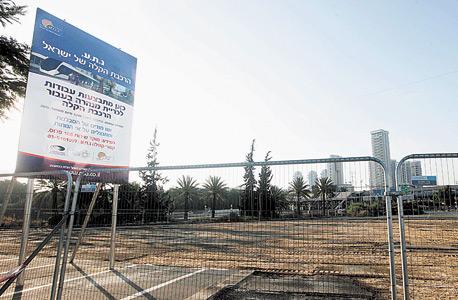 עבודות חפירה בפרויקט הרכבת הקלה בתל אביב