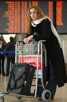 פחות נוסעים, צילום: שלום בר טל