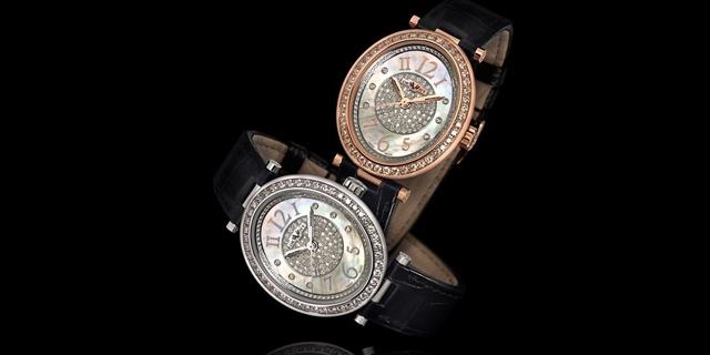 """שעונים של חברת """"דה וויט"""""""