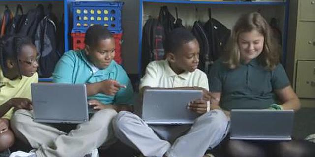 הכרומבוק מחליף את האייפד בבתי הספר