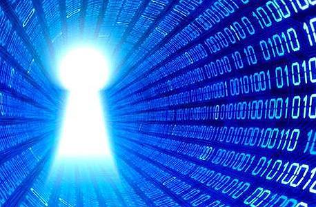 נוזקות כופר נוהגות לנעול את המידע של המשתמש ולשחרר אותו תמורת תשלום להאקרים