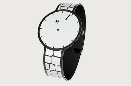 השעון החכם שמפתחת סוני. מסך גמיש שכולל גם את הרצועה, חסכוני במיוחד בזמן סוללה