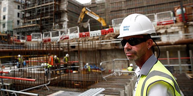 בעקבות מקרי המוות התכופים: סין מקשיחה את הסכם הגעת פועלי הבנייה לישראל