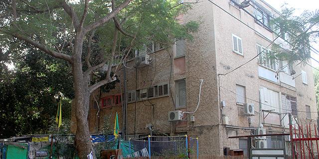 """רחוב אח""""י דקר. דיירים חוששים מעומסים תחבורתיים, צילום: אוראל כהן"""