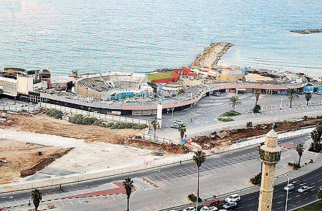The abandoned Tel Aviv Dolphinarium. Photo: Boaz Oppenheim