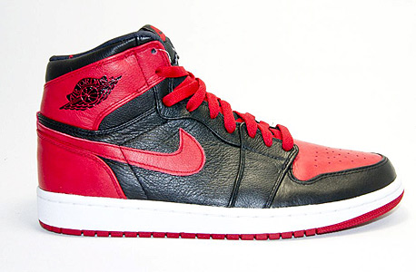 הנעליים הכי רווחיות, מקום 3 - (Jordan 1 OG Bred (1985 הושקו ב־1985 ב־65 דולר, השנה נמכרו 29 זוגות  ב־1,025 דולר בממוצע לחדשות ו־462 דולר למשומשות