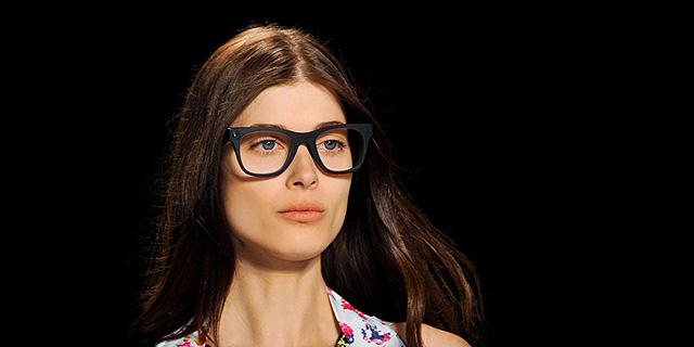 סנאפצ'ט רכשה חברה המייצרת משקפי ריגול