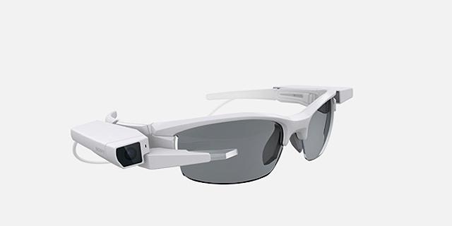 סוני חושפת משקפים חכמים שניתן להרכיב על משקפי ראיה
