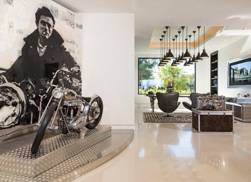 העתק של האופנוע של ג'יימס דין