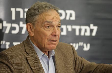 פרופ' איתן ששינסקי. עמד בראש הוועדה