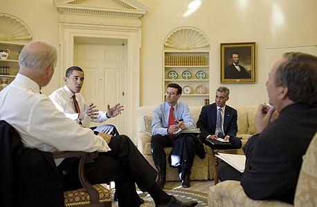 ברק אובמה רם עמנואל , צילום: בלומברג