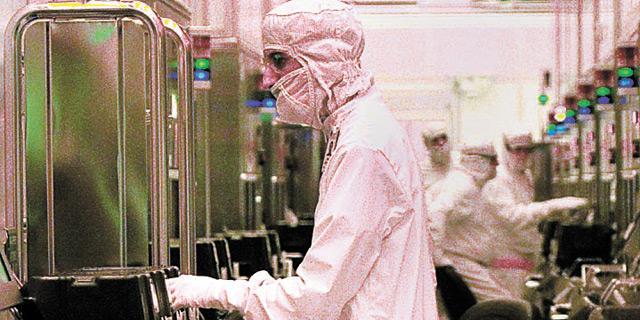 הסיכון הבריאותי במפעלי ההייטק: חלקיקי סיליקון