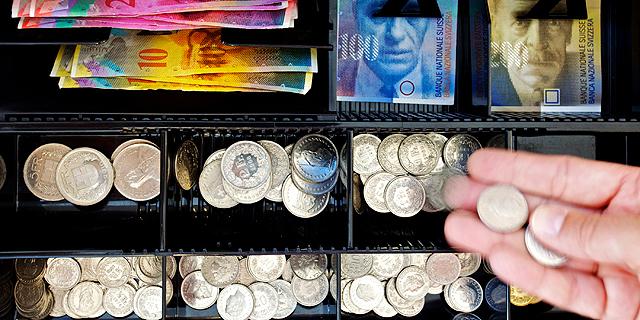 עלייה בתיירות השופינג וביצוא הגרמני לשוויץ בזכות הפרנק החזק