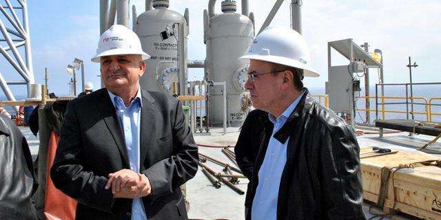 """""""דלק ונובל אנרג'י עשו תרגילי מס כדי להפחית בתמלוגי הגז"""""""