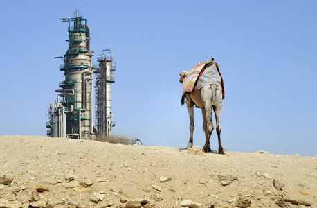 קידוח נפט בסעודיה