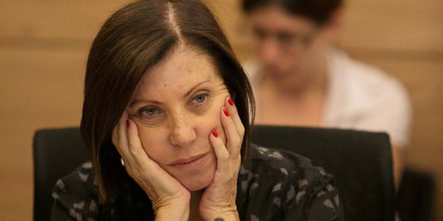 זהבה גלאון מתפטרת מהכנסת