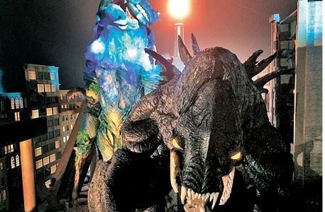 Kaiju Fury: סרט בסגנון גודזילה שצולם ב-360 מעלות ומציב את הצופה בתוך עיר המותקפת בידי שתי מפלצות ענק
