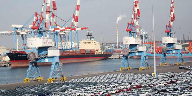 נמל אשדוד: כ-15 עובדים, בהם בכירים,  נעצרו בחשד לקבלת טובות הנאה ושוחד