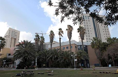 בניין סמינר הקיבוצים בתל אביב. אחת הקרקעות היקרות במדינה