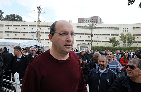 אבי ניסנקורן ב הפגנה של עובדי כיל באר שבע, צילום: ישראל יוסף