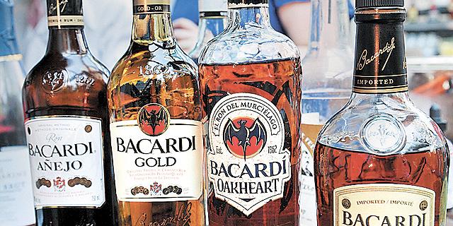 קובה מציעה לפרוע את חובה לצ'כיה באמצעות בקבוקי רום