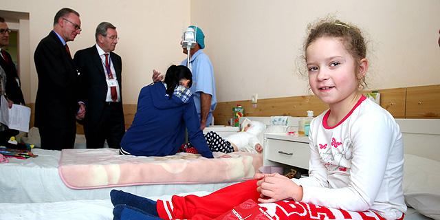 באיירן מינכן תממן טיפול של 30 ילדים אוקראינים שנפצעו בקרבות