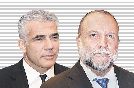 יצחק כהן (מימין) ויאיר לפיד