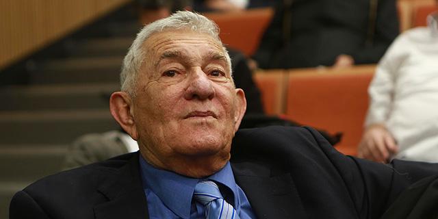 צבי בר ראש עיריית רמת גן לשעבר פנה בבקשת חנינה לנשיא המדינה