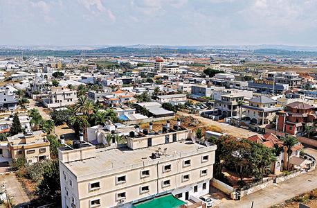 העיר הערבית טירה