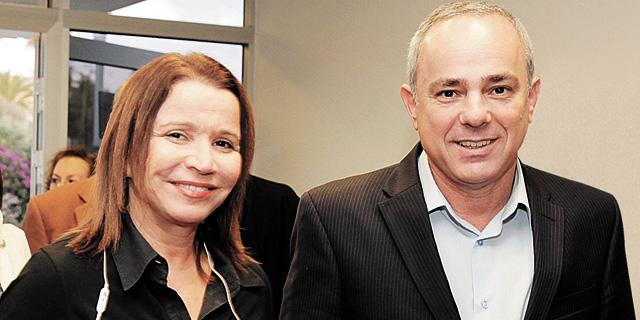 מימין: יובל שטייניץ ושלי יחימוביץ