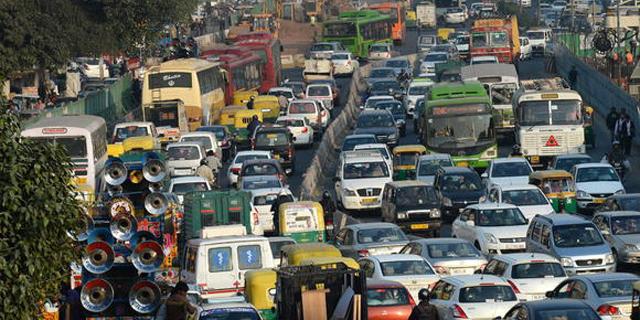 מס חדש של 12% על תחבושות היגייניות מעורר זעם בהודו