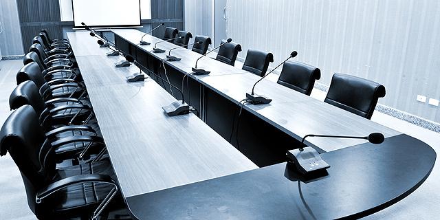 """רשות ני""""ע: נשים מכהנות בתפקיד יו""""ר רק בארבע חברות בת""""א 100"""
