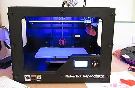 נעים להכיר: Makerbot Replicator 2
