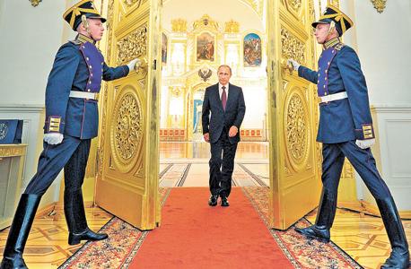 """פוטין. """"הוא צבר הון בתוכנית סחיטה מושלמת. ברוסיה, אם יש לך כסף הרשויות יבקשו ממך חלק גדול ממנו"""""""