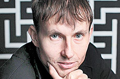 יבגני דוסיצ'ב, Locked