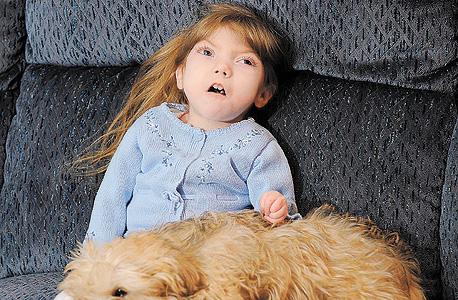 גבי וויליאמס, בת 10. הפסיקה להתפתח בגיל חצי שנה