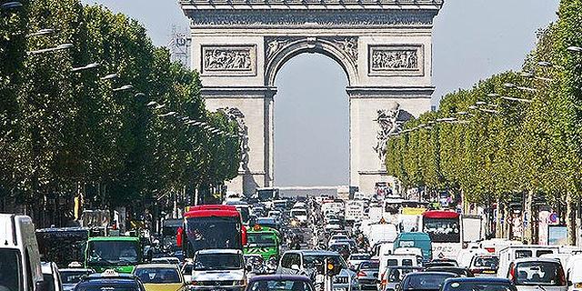 תשכחי את פריז: Airbnb מסתבכת בצרפת