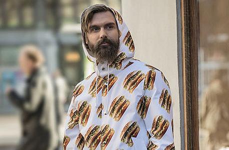מקדונלדס מקדונלד'ס אופנה מעיל ביג מק, צילום: מקדונלד'ס