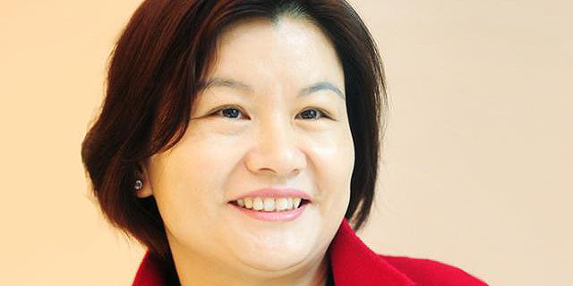 הסינדרלה הסינית: כיצד הפכה פועלת ייצור במפעל לאישה העשירה בסין