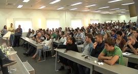 וידאו סטודנטים אוניברסיטה מכללה