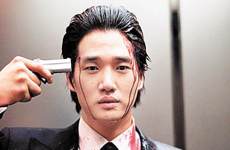 """מתוך הסרט """"שבעה צעדים"""". האן, תאוות הנקם שאי אפשר לספק, שוכנת בבסיס הזהות הקוריאנית"""