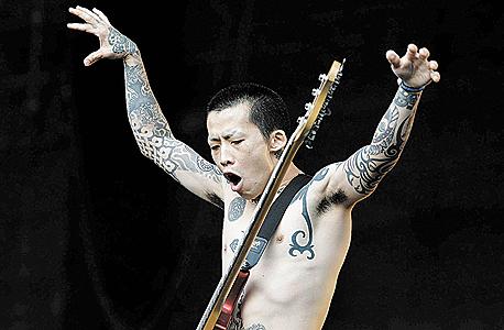"""או־צ'אן מלהקת מקסימום דה הורמון היפנית. הונג: """"היפנים לא מתעניינים בתדמית ולא יצליחו בעולם. הקוריאנים לעומתם לא יצליחו ליצור רוק אמיתי"""""""