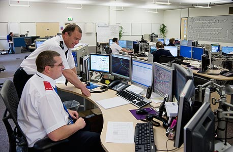 מערכות שליטה מיושנות הן נקודת כניסה מצויינת להאקרים ושאר איומי סייבר, צילום: shutterstock