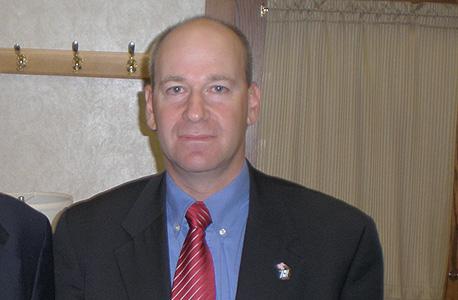 נדב תמיר, לשעבר יועץ לפרס