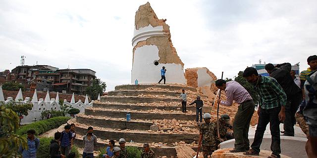 התיירות בנפאל ספגה מכה כפולה ברעידת האדמה