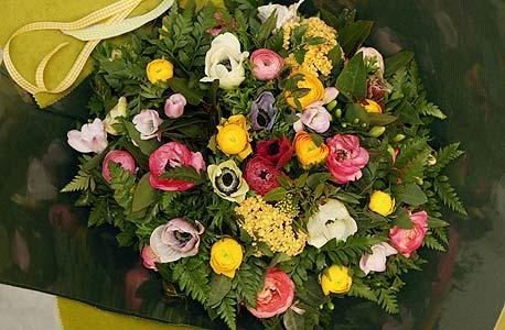 הרשת מציגה צד קצת פחות סימפטי של חנויות הפרחים, צילום: עמית שעל