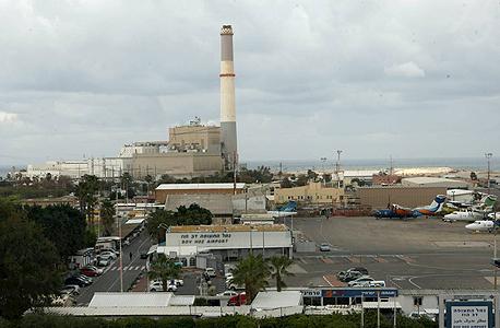 שדה דב בתל אביב. פינוי אמור לייצר למדינה את הרווח הגדול ביותר ממכירת הקרקע, צילום: עמית שעל
