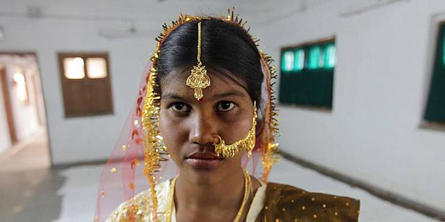 התקווה החדשה של כלכלת הודו: אוצרות הזהב של המקדשים ההינדיים